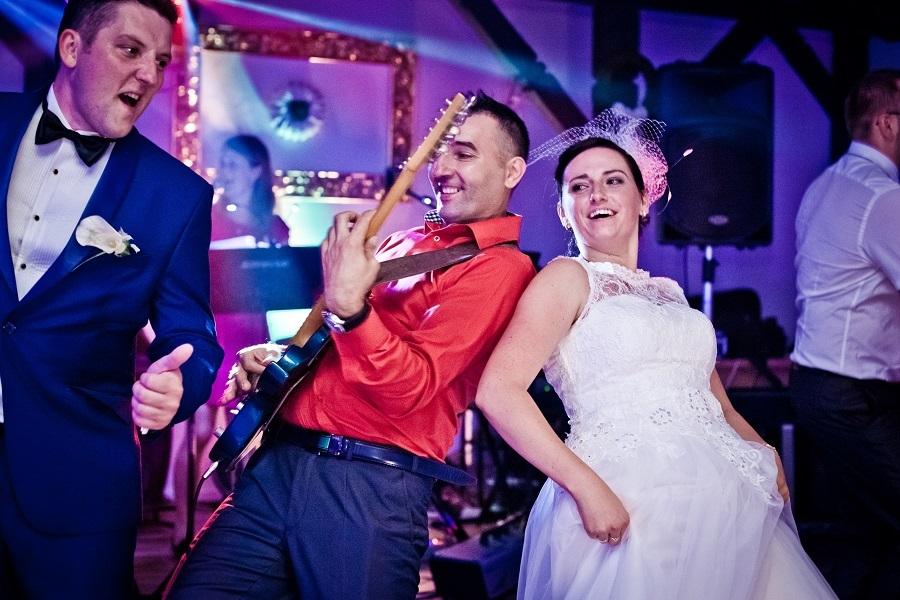 DJ, czy zespół muzyczny na wesele