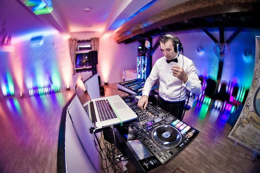 Sylwester z DJ-em